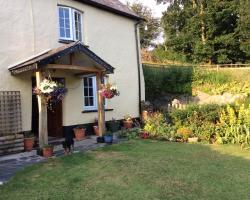Edgcott Cottage