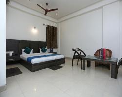 OYO 1446 Hotel Heera Celebration