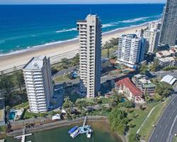 Capricorn One Beachside Holiday Apartments