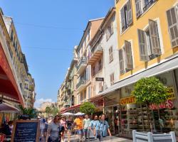 Riviera Massena