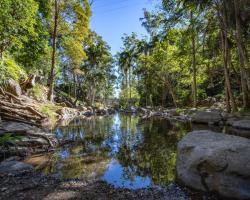 Cedar Creek Lodges