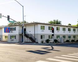 Motel 6 Modesto-Downtown