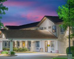Super 8 by Wyndham Knoxville