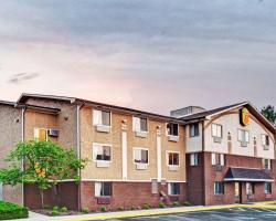 Super 8 by Wyndham Baltimore/Essex Area