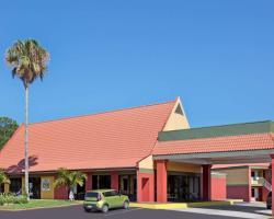 Days Inn by Wyndham Cocoa Cruiseport West At I-95/524