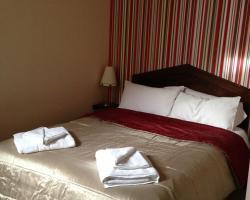 Ambrose Hotel