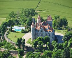 Chateau Moncassin