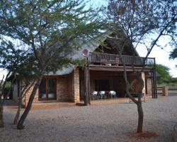 Makhato 84 Bush Lodge