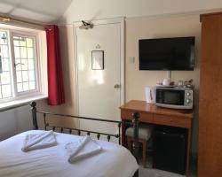 The Admirals Inn Guest House