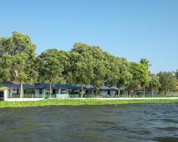 Illikkalam Lakeside Cottages