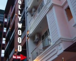 Hollywood Inn Love