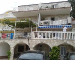 Apartments Lončarević
