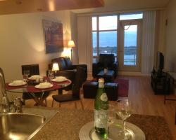 Atlas Suites - Mariner Furnished Apartments