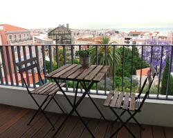 Lisbon Inside Connect — Lapa Apartments