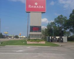 Ramada by Wyndham New Iberia