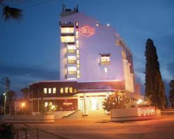 Sentinus Hotel