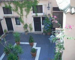 Sabelli House