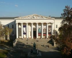 Museum View Apartment