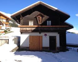 Dorfhütte