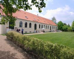 Kavaliershaus Suitehotel am Finckenersee