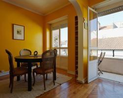 Feels Like Home - Ajuda - Low Cost Apartments