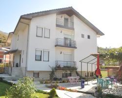 Damaja Guest House
