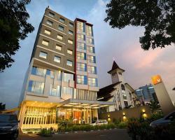 V Hotel Tebet