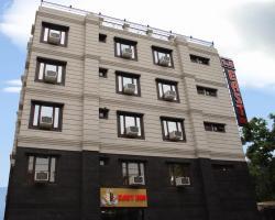 Hotel S & B East Inn