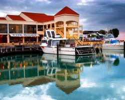 The Marina Hotel - Mindarie