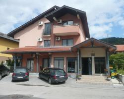 Hotel Oazza