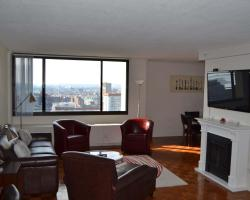 West End 30th Floor Luxury One Bedroom Apartment
