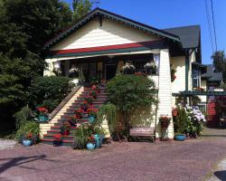 Clair's Bed & Breakfast Inn Ladner Village