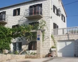 Apartments Jelka