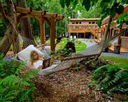 The Savary Island Resort