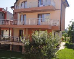 Zenith Guest House