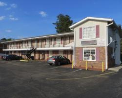 Pine Crest Motor Lodge