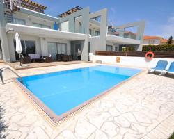 Faros Luxury Apartments
