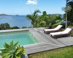 Designer's Home facing the Lagoon