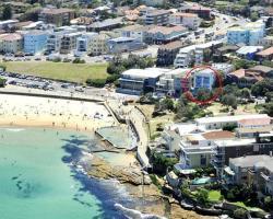 Bondi Beachfront Studio - A Bondi Beach Holiday Home