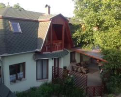 Villa Família Apartmanház