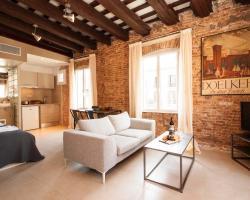 Deco Apartments – Born Studios