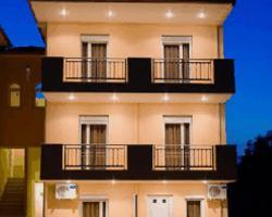 Decauville Hotel