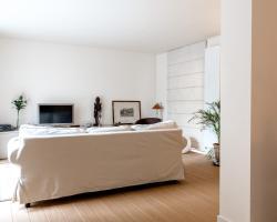 Brebis Halldis Apartment