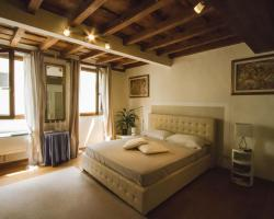 Suite Ghibellina