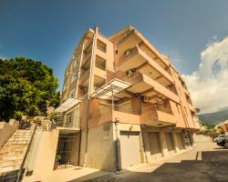 Lux Montesa Apartments