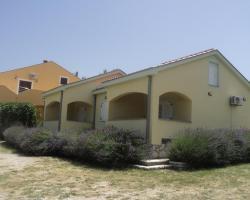 Apartments Mikecin