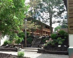 The Cedar Lodge