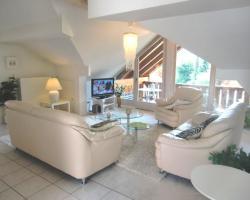 Carina Apartments