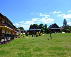 Sojka Resort - Hotel & Drevenice