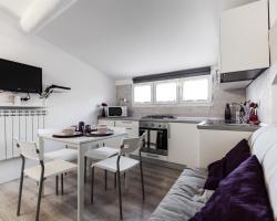 Cornalia8 Milan Apartment